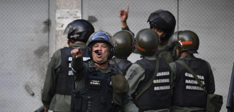 Detienen a militares venezolanos que llamaron a desconocer a Maduro