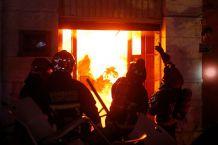 Al menos seis locales destruidos deja incendio en el barrio Bellavista