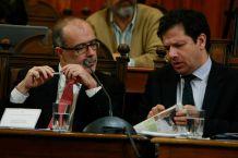 Hacienda rebaja proyección de crecimiento y descarta que desaceleración sea Made in Chile