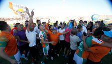 Futbolistas chilenos felicitan a Cobresal por su primer título