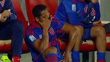 [VIDEO] El llanto de Jean Beausejour tras sufrir lesión en el Clásico Universitario