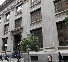 Banco Central de Chile mantiene tasa de interés en 2,5% en diciembre