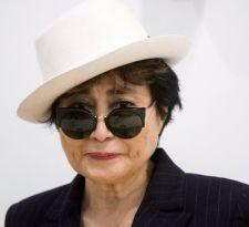 Yoko Ono aterriza en Chile para presentar su exposición Dream come true
