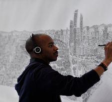Stephen Wiltshire dibuja ciudades de memoria tras un breve recorrido por ellas.