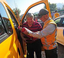 Transporte escolar: revisa si un conductor está habilitado para trabajar con menores de edad