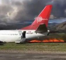 Avión peruano sufre desperfecto y se incendia tras aterrizar en aeropuerto de Jauja