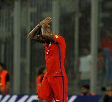 Arturo Vidal pide perdón a los hinchas por los goles perdidos ante Venezuela