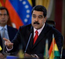 Maduro acusa a opositores por plan de intervención de EEUU en Venezuela