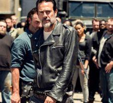 Libertad y venganza: The walking dead estrena nueva temporada con una bomba a punto de estallar