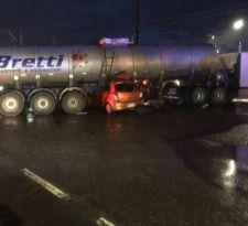 Choque de camión con automóvil deja dos fallecidos en la región del Biobío