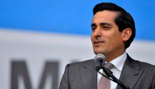 Reforma Educacional: Reunión entre Peñailillo y Rossi estuvo marcada por protestas de la Confepa