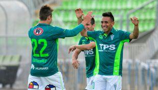 [T13 Tarde] Wanderers vence a Ñublense y aspira con paso firme al título