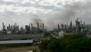 [T13] Conforman un comité de emergencia tras incendio en la Refinería Aconcagua de Enap