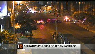 [T13] Carabineros realiza intenso operativo por fuga de reo en el centro de Santiago