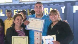[T13] Menores infractores de ley se graduaron de enseñanza media