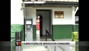 """[T13] Molestia en Algarrobo por cajero en comisaría que estuvo por horas """"fuera de servicio"""""""