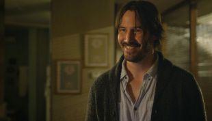 """[VIDEO] El primer trailer de """"Knock Knock"""", la película que Keanu Reeves grabó en Chile"""