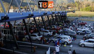 [EN VIVO] Retorno a Santiago: Así está el tránsito en peaje Angostura
