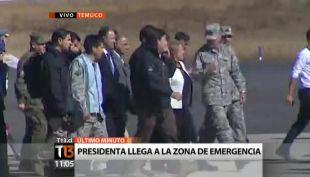 Bachelet llega a La Araucanía y se traslada a Pucón para visitar zona afectada