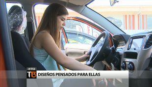 Mujeres: Cada vez más espacio en el mercado automotor