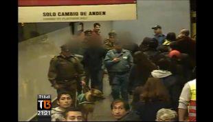 Manifestantes paralizan la línea 1 del Metro
