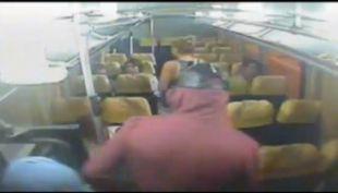 Violentos asaltos a buses: Los nuevos portonazos