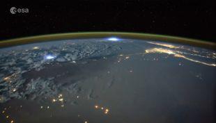 [VIDEO] Así se ven las tormentas eléctricas desde el espacio