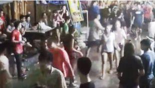 Pandilla golpea a turistas británicos en Tailandia