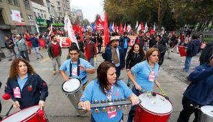 [EN VIVO] Así se desarrolla la marcha del Día del Trabajador en Santiago