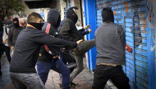 [VIDEO] Así actuaron los encapuchados en el incendio del 21 de mayo en Valparaíso