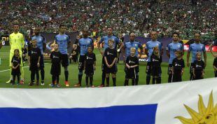 [VIDEO] No sólo le pasó a Uruguay: Otros bochornos con los himnos nacionales