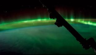 [VIDEO] NASA captura momento exacto en que aurora ilumina la Estación Espacial Internacional