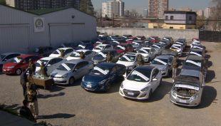 Banda robaba y vendía autos adquidos en portonazos