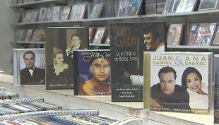 El latino mejor pagado y el concierto más largo: los récords de Juan Gabriel
