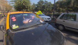 [VIDEO] La guerra de tarifas entre taxis y Uber
