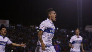 """[VIDEO] Goles de cuartos de Copa Chile: La UC da el primer golpe ante la """"U"""""""