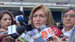 [VIDEO] Evelyn Matthei llega a votar a Providencia
