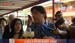 [VIDEO] Daniel Jadue llega a votar a Recoleta: Yo espero un triunfo importante