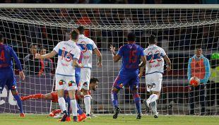 [VIDEO] Goles Copa Chile: La U y UC igualan en guerra de goles en electrizante clásico