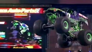 "[VIDEO] Por primera vez llega a Chile el ""Monster Jam Trucks"""