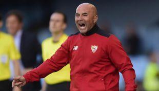 """[VIDEO] """"Sampaolismo como forma de vida"""": locura por el entrenador en España"""