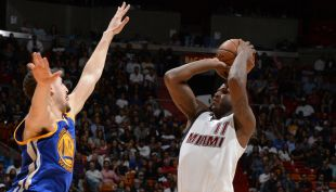 [VIDEO] El magistral triple final con que Miami Heat cortó racha de Golden State Warrios