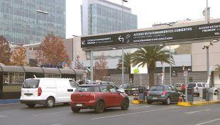 [VIDEO] ¿Nueva Ley de Estacionamientos?: Aumentan las críticas a tres días de su inicio