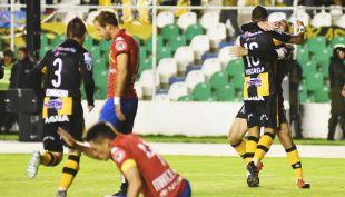 [VIDEO] La goleada de The Strongest sobre Unión Española en Copa Libertadores