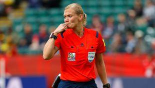 [VIDEO] Poder femenino en Alemania: Jueza debutará en la Bundesliga