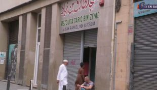 [VIDEO] T13 en Barcelona: Musulmanes se defienden de la islamofobia