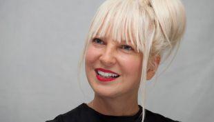 [VIDEO] Sia se convierte en pony en el videoclip de Rainbow