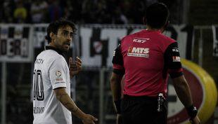 """[VIDEO] Jorge Valdivia absuelto: El """"Mago"""" sortea nueva polémica con los árbitros"""