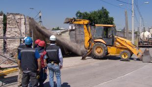 [VIDEO] Polémica demolición de muro en La Legua