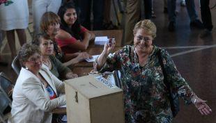 [VIDEO] Bachelet: Mi llamado a que la gente acuda a votar